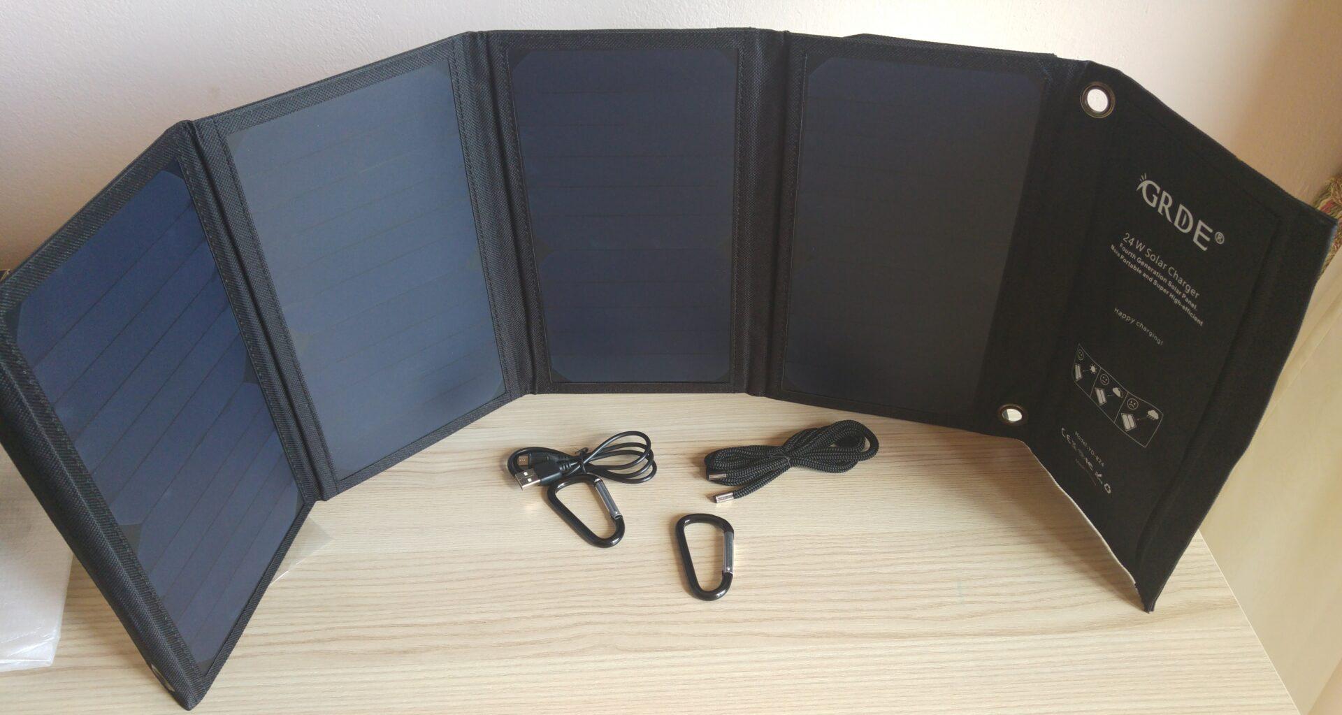La mia recensione di Pannelli Solari Portatili Caricabatterie Solare da 24W con 2 Porte USB